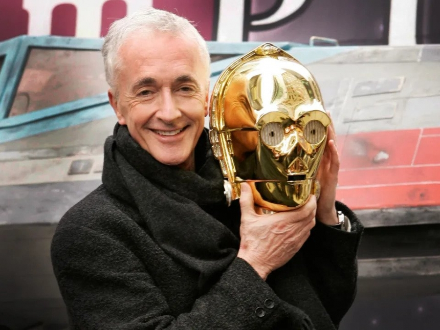 Anthony_Daniels.jpg